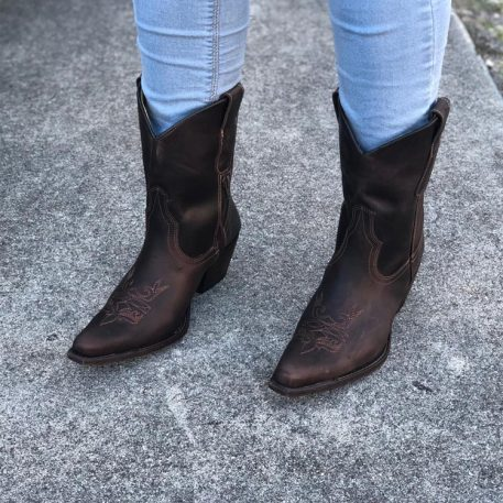 Mid Calf Cowgirl Boots